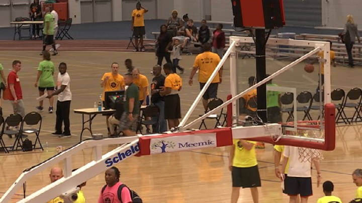 Tournament helps bridge gap between youth, police Article by WNEM TV5